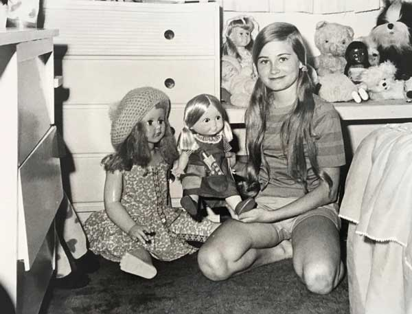 Maureen and her dolls