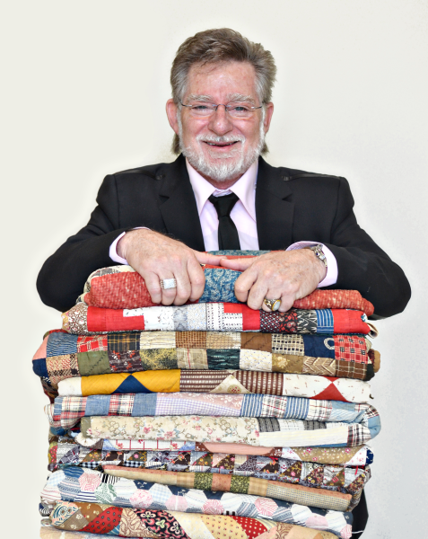 Mark Dunn with Quilts