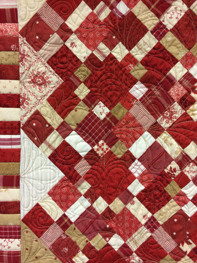 Tammy-V's-Midwinter-Reds-Quilt