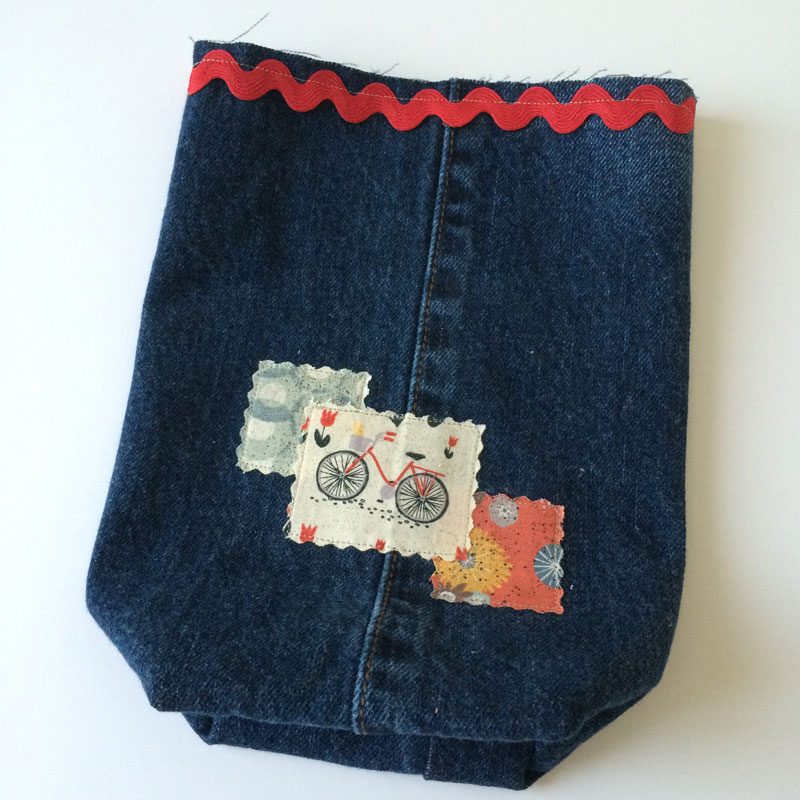 Cutting-Table---Jeans-Bag-7