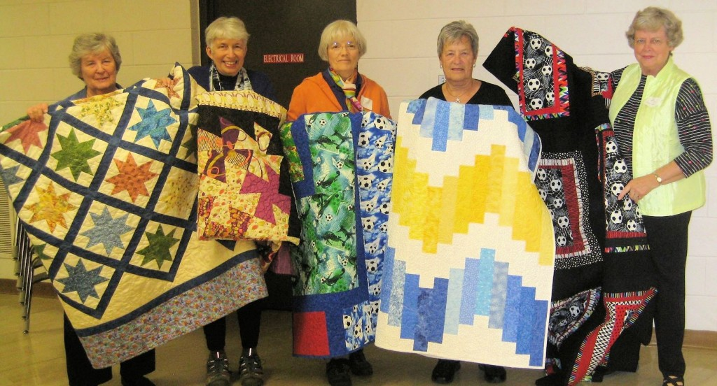 2015-11-Quilts for Habitat house